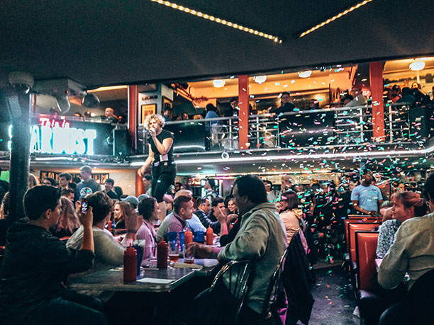 Ellens Stardust restaurante Nueva York