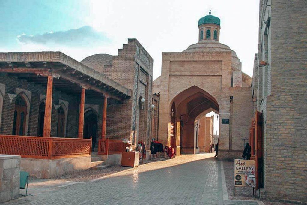 Bazar Toqi Sarrofon