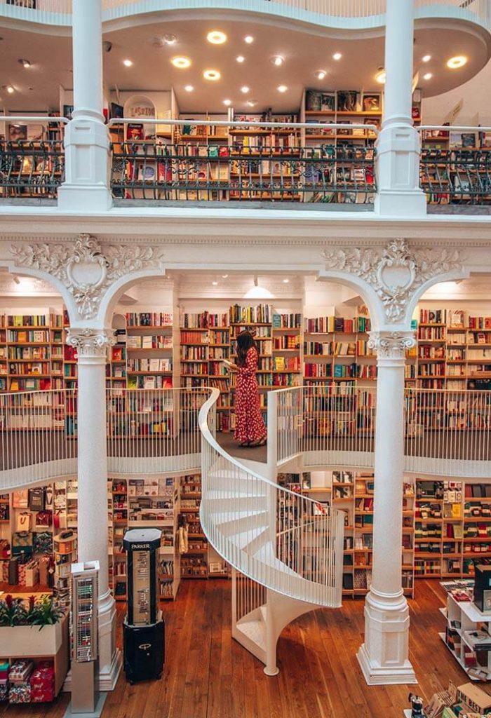 Carturesti carusel Bucarest libreria