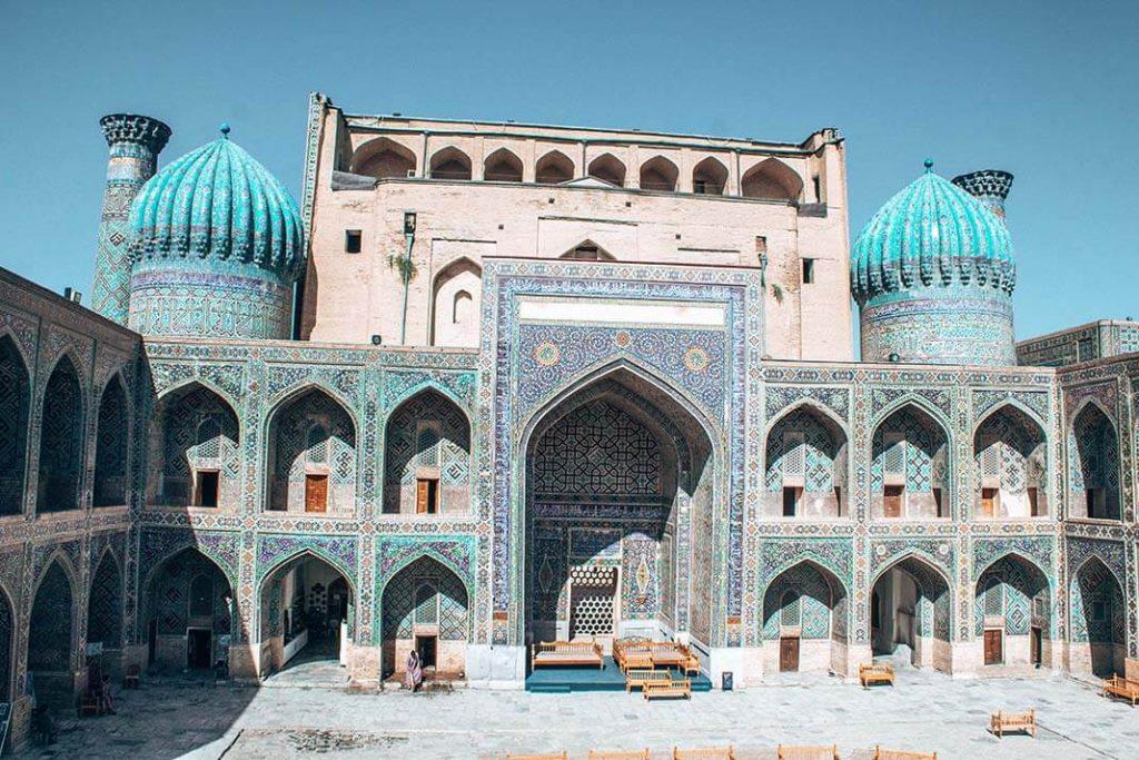 cupulas madrasa Registan