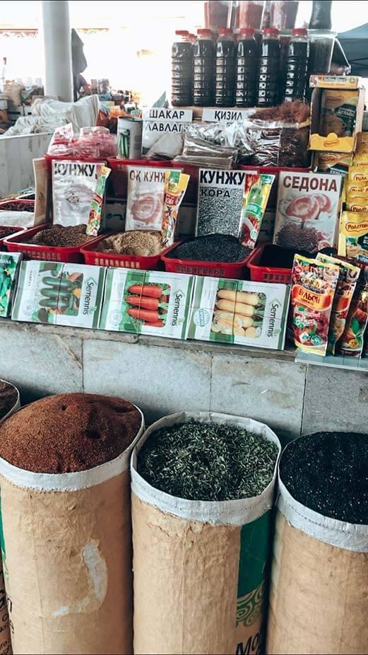 Mercado Uzbekistan especias