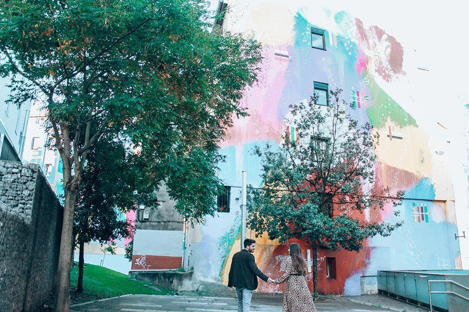 Mural ruta Bilbao Futurismo primitivo